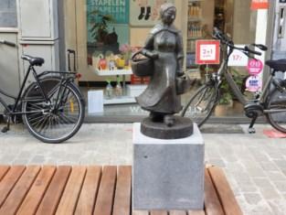 'Marktboerinneke' terug in Koning Albertstraat
