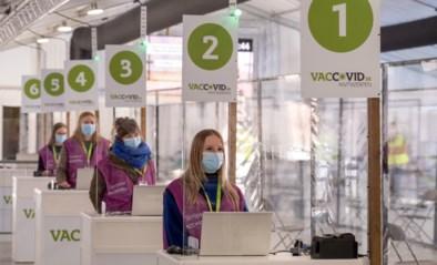 Waarom er ook 'gezonde mensen' in de rij zullen staan als de risicopatiënten gevaccineerd worden