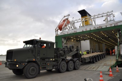 Zelfs het Amerikaanse leger is onze files beu: Vlaanderen kandidaat voor Europees geld voor sneller militair transport doorheen Europa