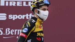"""Zijn zwakste resultaat in de Strade Bianche, maar toch drie grote opstekers voor Wout van Aert: """"We hebben de koers in handen genomen"""""""