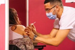 Vaccinaties schakelen twee versnellingen hoger: eerste 85-plussers krijgen prik in week van 15 maart
