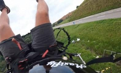 """Man maakt tochtje met paramotor, maar dat kent pijnlijk einde: """"Oh mijn God!"""""""