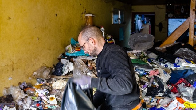 Doosjes die je liever niet opent: VTM 2 toont straks 'De vuilste jobs van Vlaanderen'