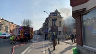 Brand in pizzarestaurant aan Rooigemlaan: geen gewonden, wel veel file