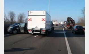 Botsing met verschillende voertuigen op E34 in de richting van Antwerpen