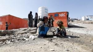 Minstens 8 doden en 170 gewonden door brand in vluchtelingenkamp in Jemen