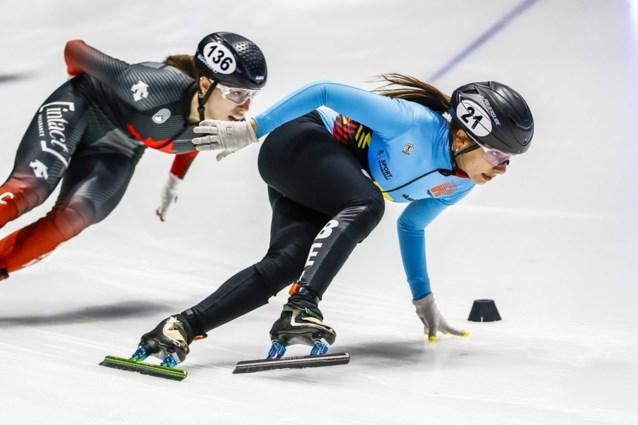 """Shorttrackster Hanne Desmet kijkt na WK-zilver al uit naar Winterspelen: """"Mannen zijn cooler dan vrouwen. Helaas."""""""