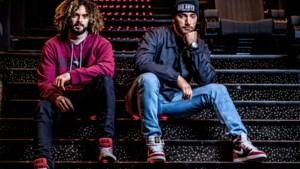 """Adil en Bilall zijn zo groot én druk dat ze Netflix-hit moesten afwijzen: """"Dat was wel even vloeken"""""""