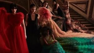 Dior trekt naar sprookjesachtig Versailles met nieuwste collectie