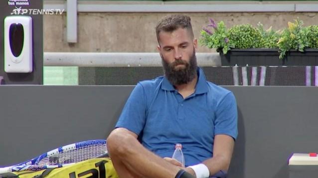 """Woelwater Benoît Paire schopt wild om zich heen na afgang tegen 17-jarige: """"Tennis is triest, saai en ridicuul geworden"""""""