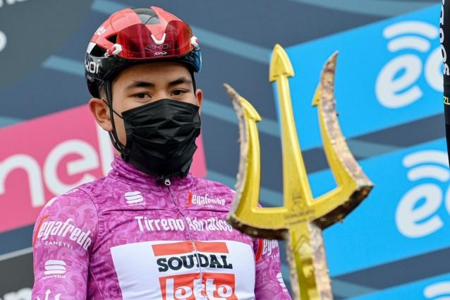 """Caleb Ewan geeft op in Tirreno met darmklachten maar Milaan-Sanremo niet in gevaar: """"Enkele dagen rust moet volstaan"""""""