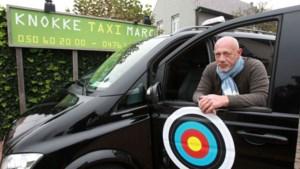 """Taxichauffeur Freddy verwacht geen overrompeling bij vaccinaties: """"Vast tarief naar centrum, want prijs ligt normaal hoger"""""""