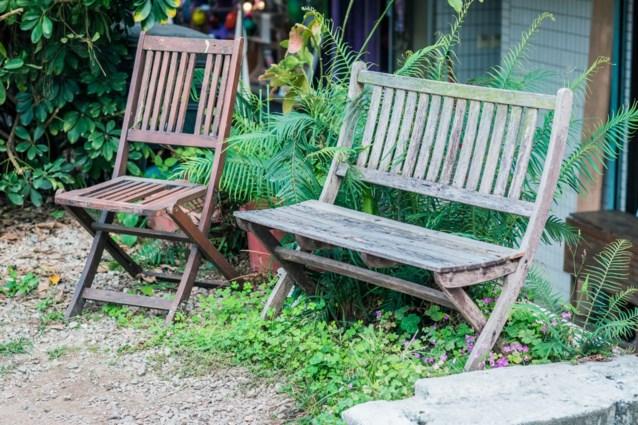 DAG 21. Zo is je tuinmeubilair na één behandeling weer schoon