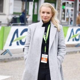 """Tara Gins uit Sint-Laureins-Berchem debuteert als koersdirecteur: """"Vuurdoop in topkoers op vertrouwde wegen"""""""