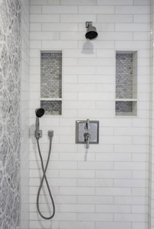 DAG 19. Zo poets je de voegen in de badkamer het best
