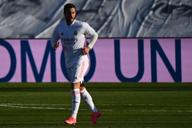 Eden Hazard maakt zijn rentree maar het is alweer Benzema die Real Madrid redt tegen hekkensluiter