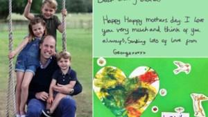 """Kinderen van prins William schrijven ontroerende briefjes aan 'Oma Diana': """"Ik denk aan jou. Papa mist jou"""""""