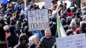 Duizenden manifestanten protesteren in Montréal tegen coronamaatregelen