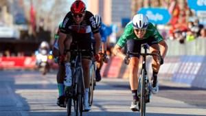 """Brent Van Moer en Jan Bakelants balen na gemiste Belgische zege in Tirreno: """"Hiervan ga ik een nachtje niet kunnen slapen"""""""