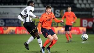 """""""Club Brugge had penalty moeten krijgen voor fout op Eduard Sobol"""": Referee Department wijst Lothar D'Hondt en VAR terecht na Charleroi"""