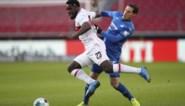 Domper voor Orel Mangala: potentiële vervanger van Axel Witsel valt uit bij VfB Stuttgart met dijblessure