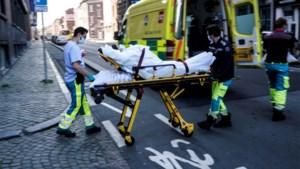 Alleen de ambulancier is een man: zorgsector nog overweldigend vrouwelijk