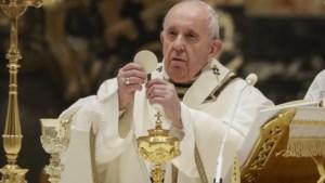 """Homoseksualiteit is """"een keuze"""" en """"een zonde"""" volgens het Vaticaan"""