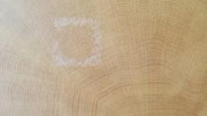 DAG 25. Zo verwijder je watervlekken op hout