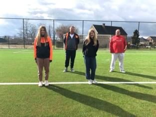 """Voetbalclub valt in de prijzen door beleid rond vrouwenvoetbal: """"Soms meer supporters bij de jeugdwedstrijden van de meisjes dan bij de jongens"""""""