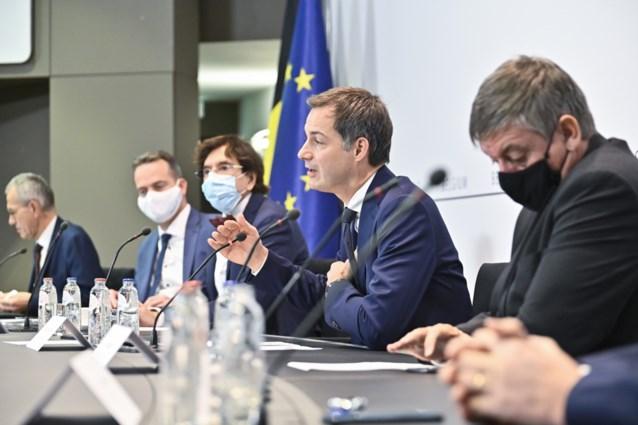 Welke versoepelingen kondigt het Overlegcomité vandaag aan? Van grotere buitenbubbel tot strohalm voor studenten