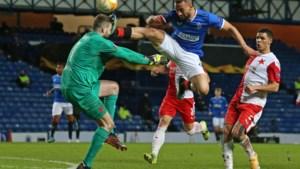 EUROPA LEAGUE. Rangers uitgeschakeld na doodschop en rode kaart Kemar Roofe, Ajax wint vlot en stoot door
