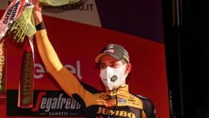 """Wout van Aert opnieuw op het podium in Milaan-Sanremo: """"Gegokt, maar verloren"""""""