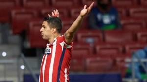 Lionel Messi viert nieuw record in stijl met doelpuntenfestijn tegen Sociedad, Luis Suarez scoort jubileumgoal