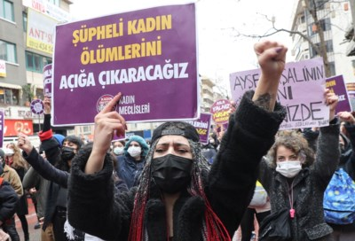 Zijn dochter was tegen, en toch stapt Erdogan uit verdrag dat geweld tegen vrouwen een halt toeroept