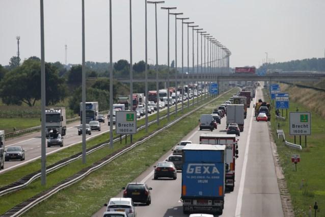 Hinder door werken op E19 tussen transportzone en Brecht