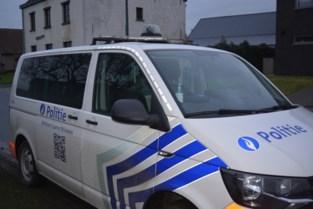 Met corona besmette minderjarige die van huis wegloopt door politie teruggebracht