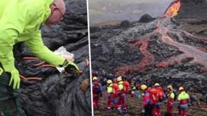 Toeristen wagen zich op net uitgebarsten vulkaan om worstjes te roosteren op hete lava