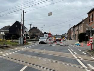 Nog tot donderdag verkeershinder aan spooroverweg 't Kofschip