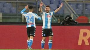 """Dries Mertens plaagt Lukaku na honderdste doelpunt in Serie A: """"Haast je Romelu"""""""