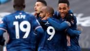 Onwaarschijnlijk: Arsenal haalt dankzij owngoals nog achterstand van drie doelpunten op in spektakelmatch