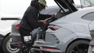 Rode Duivels arriveren in Tubeke, Batshuayi doet dat in exclusieve sportauto