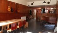 """Bruine kroeg wordt kantoorruimte voor creatievelingen: """"Acteurs voelen zich hier op hun gemak"""""""