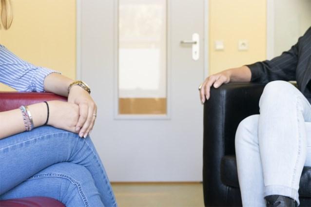 """KCE: """"Psychiatrische patiënten hebben minder toegang tot lichamelijke zorg"""""""