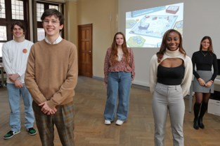 Bordspel van vijf studenten zet Lierse b2b-ondernemers in de kijker
