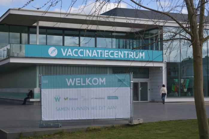 Pendelbus tussen station en vaccinatiecentrum