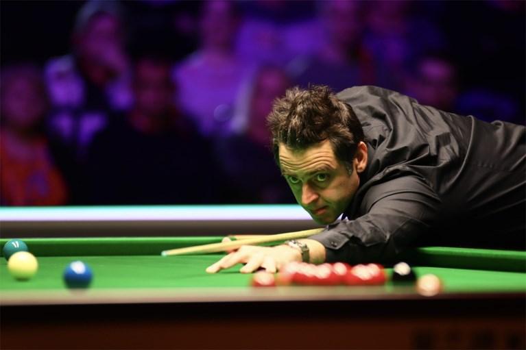 VIDEO. Ronnie O'Sullivan leek de wanhoop nabij, maar staat op uit de dood en is alweer een snookerrecord rijker