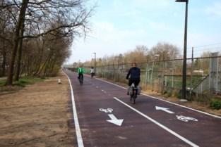 Vernieuwde fietsostrade verbindt Deurnestraat met Roderveldlaan