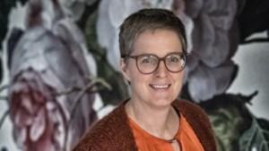 """Klinisch psycholoog Elke Van Hoof: """"Stop met doemscenario's over coronacrisis te lanceren"""""""