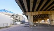 Aanleg tijdelijke Ring naast viaduct in Merksem begonnen