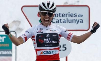 """Herboren Esteban Chaves verschalkt Ineos Grenadiers en wint koninginnenetappe in Ronde van Catalonië: """"Ongelooflijk"""""""